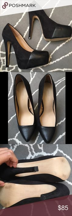 Brand new ZARA heels GORGEOUS and stunning. Size 6. Never worn outside, brand new. The style is stunning Shoes Heels
