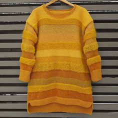 VÅRLI : Gul kosegenser ♥ Men Sweater, Pullover, Sweaters, Fashion, Moda, Fashion Styles, Men's Knits, Sweater, Fashion Illustrations