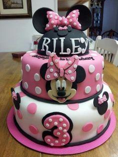 Minnie Mouse Birthday Cake - by peggysue @ CakesDecor.com - cake decorating website