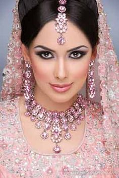 Pictures Of Lebanese Bride Hairstyles 51