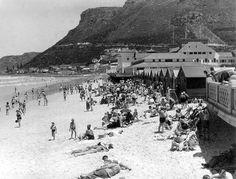 Muizenberg Old Pictures, Old Photos, Vintage Photos, Cape Town South Africa, Historical Pictures, Trip Advisor, Paris Skyline, Dolores Park, City