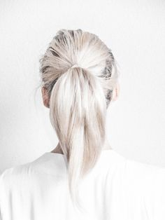 Chic Style - platinum ponytail; hairstyle inspiration