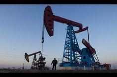 Prezzo petrolio greggio in rialzo su notizie Siria: attesi dati macro americani