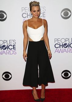 Kaley Cuoco-Sweeting wearing a unique outfit for the 2015 People's Choice Awards