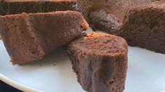 Η Ελένη Πετρουλάκη μοιράστηκε με τους διαδικτυακούς της φίλους στο Instagram μια συνταγή για υγιεινό κέικ σοκολάτας.   MY BEST   BOVARY   ΕΛΕΝΗ ΠΕΤΡΟΥΛΑΚΗ, Συνταγή, κέικ Greek Recipes, Baby Food Recipes, Cooking Cake, Feta, Banana Bread, Healthy Snacks, Favorite Recipes, Desserts, Instagram