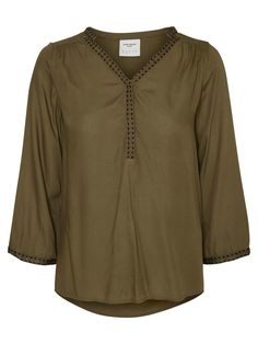Blouse from VERO MODA. Style with jeans or a tight skirt.