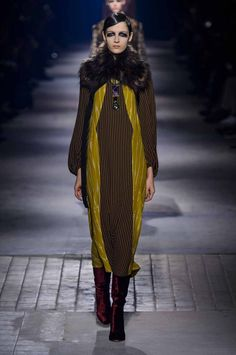 En images: Dries Van Noten AH2016