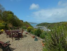 Enjoying an excellent location with glorious views over Lower Town Harbour and beyond to Fishguard Bay in north Pembrokeshire, this ground floor apartment makes a wonderful holiday destination for a couple.