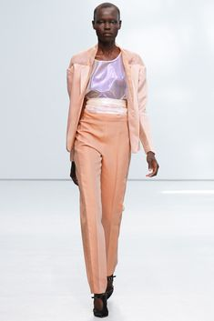 Anne Valérie Hash Spring 2013 Ready-to-Wear Fashion Show - Grace Bol (OUI)