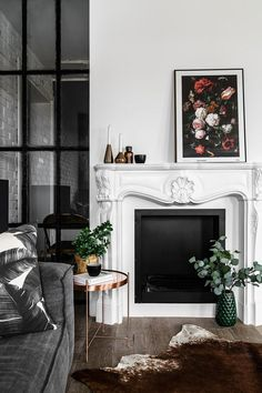 How to decorate a chic fireplace mantel for the Holidays
