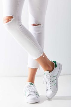 adidas Zig Zag Stan Smith Sneaker - Urban Outfitters