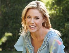 Julie Bowen (she's hilarious and nice to boot!!)