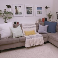 brilliant solution small apartment living room decor ideas and remodel 32 ~ Home Design Ideas Living Room Decor Cozy, Boho Living Room, Room Decor Bedroom, Interior Design Living Room, Living Room Designs, Cozy Living, Kid Friendly Living Room Furniture, Bench In Living Room, Beach Themed Living Room
