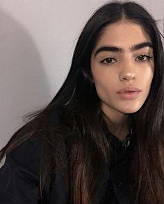 ˗ˏˋ I s a b e l l a ˊˎ˗ Natalia Castellar Makeup Inspo, Beauty Makeup, Hair Beauty, Photos Tumblr, Natalia Castellar, Rachel Elizabeth Dare, Holly Black, Beautiful Lips, Artistic Photography