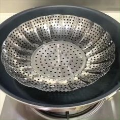 This stainless steel basket is the perfect tool for steaming any sort of dish. You can adjust the basket's size to fit almost all cookware and make steaming quick and simple. It helps retain more than 90% of the nutrients lost when either boiling or microwaving food. The steamer cooks masterfully everything you put in it. The stainless steel doesn't rust nor does it lose its flexible power. Use it on a simple stove to get the perfect steamed dish.#steam basket broccoli#how to steam broccoli… Kitchenware Set, Steam Recipes, Mandolin Slicer, Stainless Steel Mesh, Home Hacks, Steamer, Broccoli, Stove, Cookware