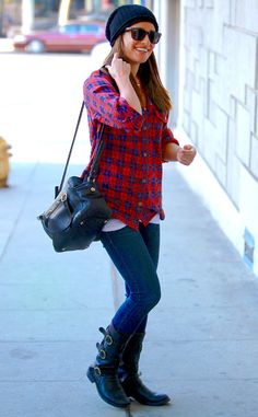 Lea Michele looks absolutely adorable and ready for Fall as she arrives at a hair salon in West Hollywood!