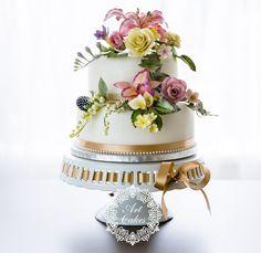 hand made sugar flowers. Bouquet wedding cake. Master piece. ručne robené cukrové kvety. www.artcakes.sk Cake, Wedding, Food, Valentines Day Weddings, Kuchen, Essen, Meals, Weddings, Torte