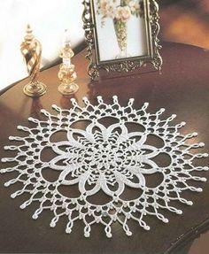 Rotondo crochet doily