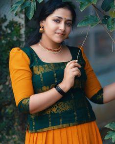 Indian Actress Hot Pics, Most Beautiful Indian Actress, Beautiful Actresses, Actress Pics, Beautiful Blonde Girl, Beautiful Girl Image, Beautiful Ladies, Beauty Full Girl, Beauty Women