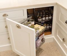 Corner pull out cupboard