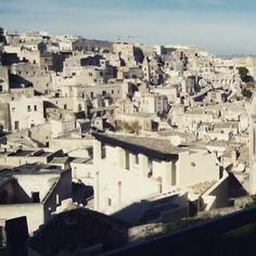 Regione Basilicata  I Sassi di Matera sono stati iscritti nella lista dei patrimoni dell'umanità dall'UNESCO nel 1993. http://www.sitiunesco.it/?p=5