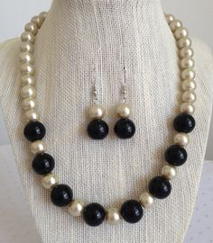 Beige Pearl Necklace Beaded Bridal Necklace Champagne
