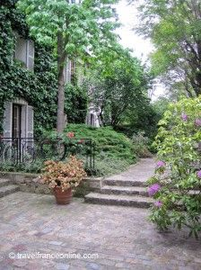 Montmartre - A residence for artists nestled in the old village... on www.travelfranceonline.com