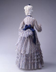 Day Dress1875The Kyoto Costume Institute...love the bustle!