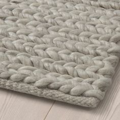 IKEA is a great place to shop if you're looking for an inexpensive rug. Here, our top 10 IKEA rugs to jazz up your space. Plush Carpet, Diy Carpet, Cheap Carpet, Hall Carpet, Living Room Carpet, Rugs In Living Room, Bedroom Rugs, Ikea Rug, Medium Rugs