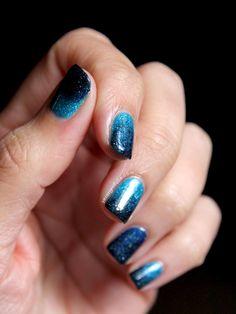 gradient nail art - Ocean, Cosmos & Hope