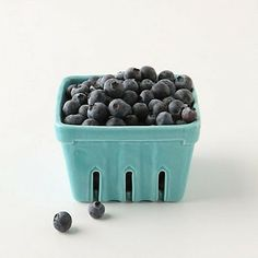 Shop independent | The Third Row / ceramic berry punnet from the Spring SHop