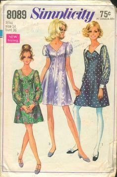Short or Long Puff Sleeves Dress Tucks V Neckline Simplicity 8089 Bust Women's Vintage Sewing Pattern Vintage Dress Patterns, Clothing Patterns, Vintage Dresses, Vintage Outfits, 1960s Fashion, Vintage Fashion, Vestidos Retro, Necklines For Dresses, Simplicity Sewing Patterns