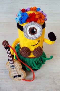 Crochet hawaii minion gratuit modèle amigurumi
