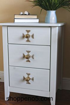 A Little Golden Touch of Hobby Lobby Knobs Brown Chest DIY Chalk Paint