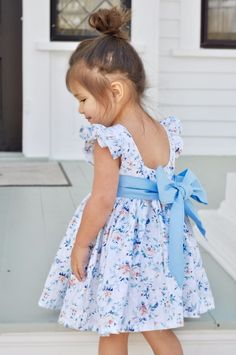 Frilly Dresses, Flower Girl Dresses, Little Lizard, Square Necklines, Woven Fabric, Bodice, King, Couture, Summer Dresses