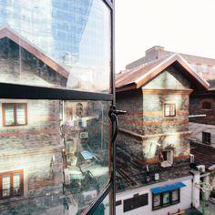 Shanghai through the window  by eduviero