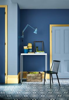 Gloss white skirting boards are going out of fashion as coloured skirting boards become an increasingly popular interior design trend Grey Paint Colors, Coloured Skirting Boards, Skirting Boards, Interior, Popular Interior Design, Home Decor, House Interior, Hallway Colour Schemes, Blue Rooms