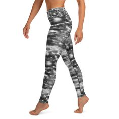 Breath of the wind - yoga leggings - Balance and Symmetry Breath Of The Wind, Yoga Session, Spandex Material, Yoga Leggings, Breathe, Hand Sewing, Tights, Pants, Fashion