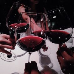 Dark red aesthetic My cherries and wine. Party Drinks Alcohol, Alcoholic Drinks, Beverages, California Uber Alles, Wine Photography, Lifestyle Photography, Wine Time, Red Aesthetic, Aesthetic Outfit
