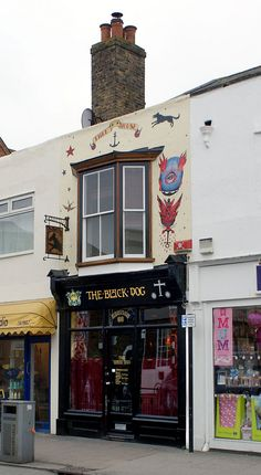 The Black Dog, Whitstable. Finest pub in East Kent. Possibly the world.