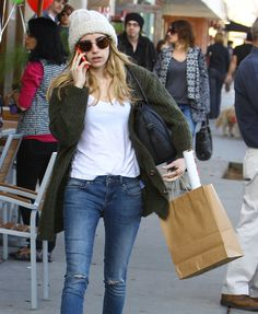 Emma Roberts 2015 Street-Style | Emma Roberts Street Style – Out in Los Angeles, January 2015
