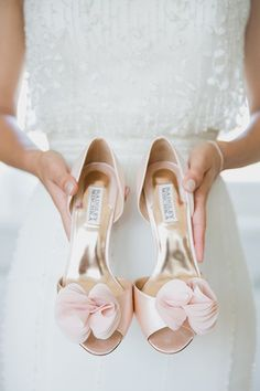 Modern white wedding in berlin shoes wedding shoes, pink wed Blush Wedding Shoes, Bridal Shoes, Gold Wedding, Wedding White, Purple Wedding, Rustic Wedding, Crazy Shoes, Me Too Shoes, Badgley Mischka Bridal