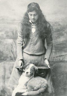 Annie Oakley and her dog