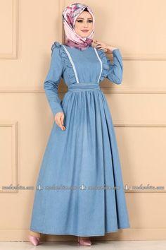 Modaselvim ELBİSE Fırfırlı Kemerli Kot Elbise AST3012 Açık Kot The Dress, High Neck Dress, Hijab Dress, Modest Dresses, Hijab Fashion, Street Style, Clothes, Tehran, Life Hacks