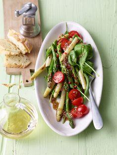 Spargel - Spinat - Salat, ein gutes Rezept aus der Kategorie Gemüse. Bewertungen: 14. Durchschnitt: Ø 4,2.