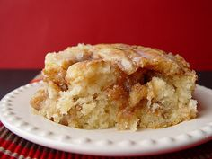Cinnamon Roll Cake....an easy way to get your Cinnamon Roll fix without all the fuss and time.