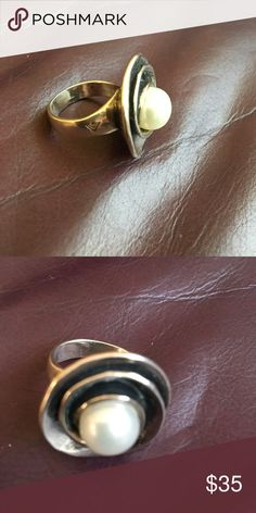 Silpada ring 925 silver Nice pearl ring solid ring size 6 Silpada Jewelry Rings
