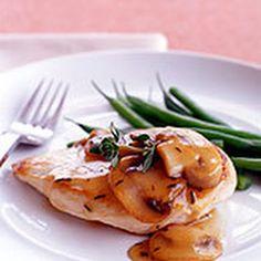 Chicken Marsala- Weight Watchers 5 Points @keyingredient #chicken #easy