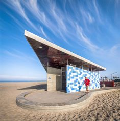 Ocean Beach Comfort Station / Kevin de Freitas Architects