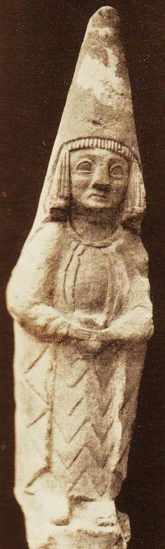 Dama votiva del Cerro de los Santos fechada hacia el siglo III a.C Museo Arqueológico Nacional, Madrid  © Ministerio de Cultura
